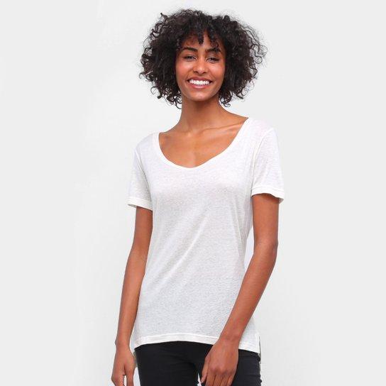 Camiseta Carmim Gola Canoa Cobra Hotfix Feminina - Off White