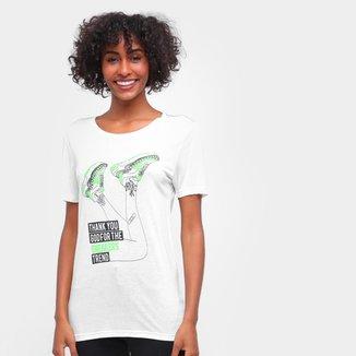 Camiseta Carmim Sneaker Manga Curta Feminina