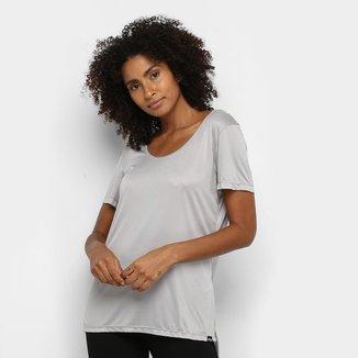 Camiseta Colcci Básica Assimétrica Feminina