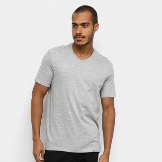 Camiseta Hering Básica World Gola V Masculina