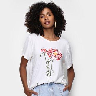 Camiseta Lança Perfume Bordada Manga Curta Feminina