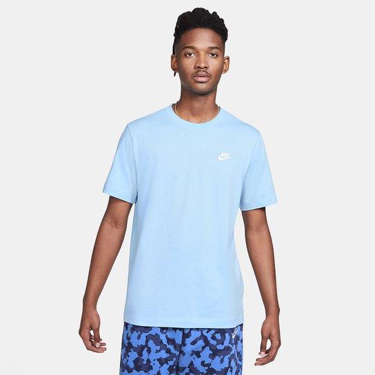 Camiseta Nike Sportswear Club Masculina - Azul Claro+Branco