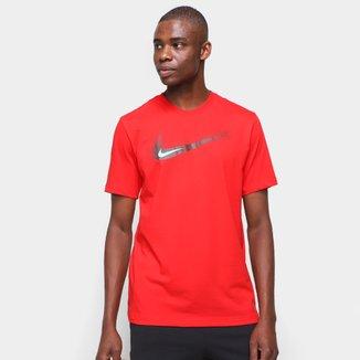 Camiseta Nike Swoosh 12 Masculina