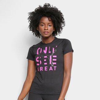 Camiseta Puma Performance Slogan Only See Great Feminina