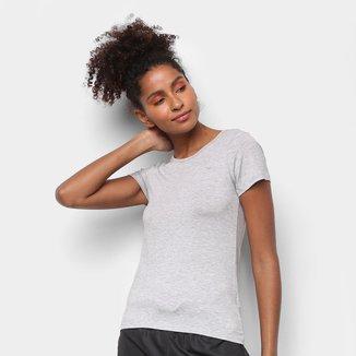 Camiseta Rainha Básica Dry Feminina