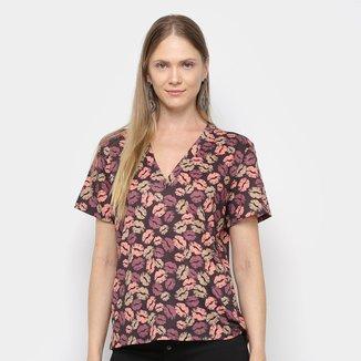 Tshirt My Favorite Thing Descolado Decote V  Feminina
